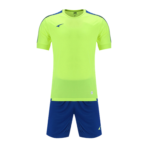 UCAN锐克童款训练足球服短袖套装SS7339